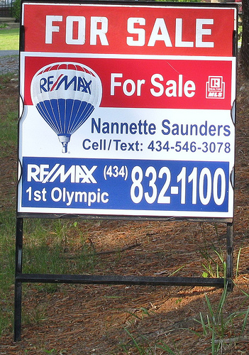 Home for Sale RE/MAX Nanette Saunders Realtor von nannetteturner by Flickr.com