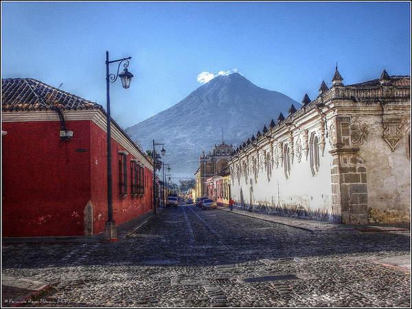 antigua-guatemala cc Fernando Reyes / Flickr