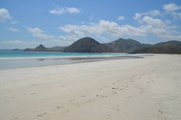selong-belanak Beach-lombok