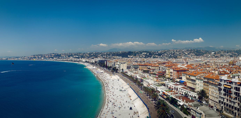 Den Ruhestand in Nizza genießen (Frankreich)