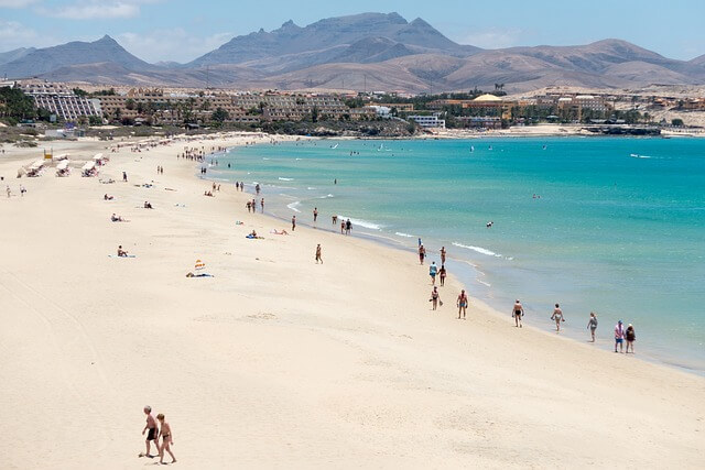 Am Strand in Fuerteventura / Pixabay.com
