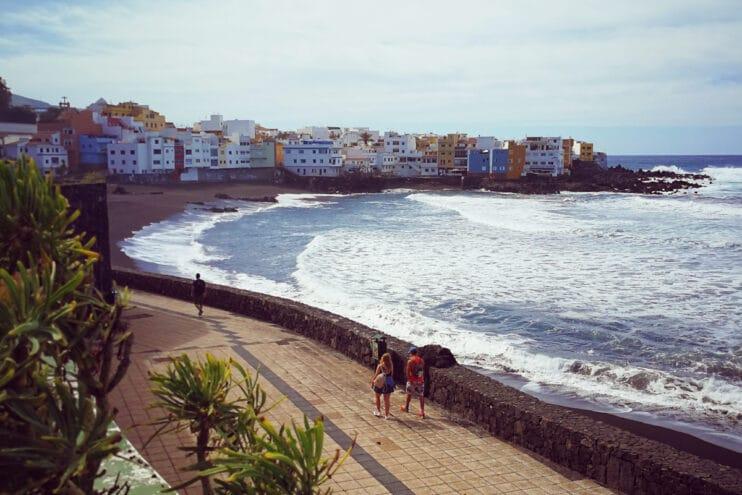 Der Strand (Playa María Jiménez) von Puerto de La Cruz / Teneriffa